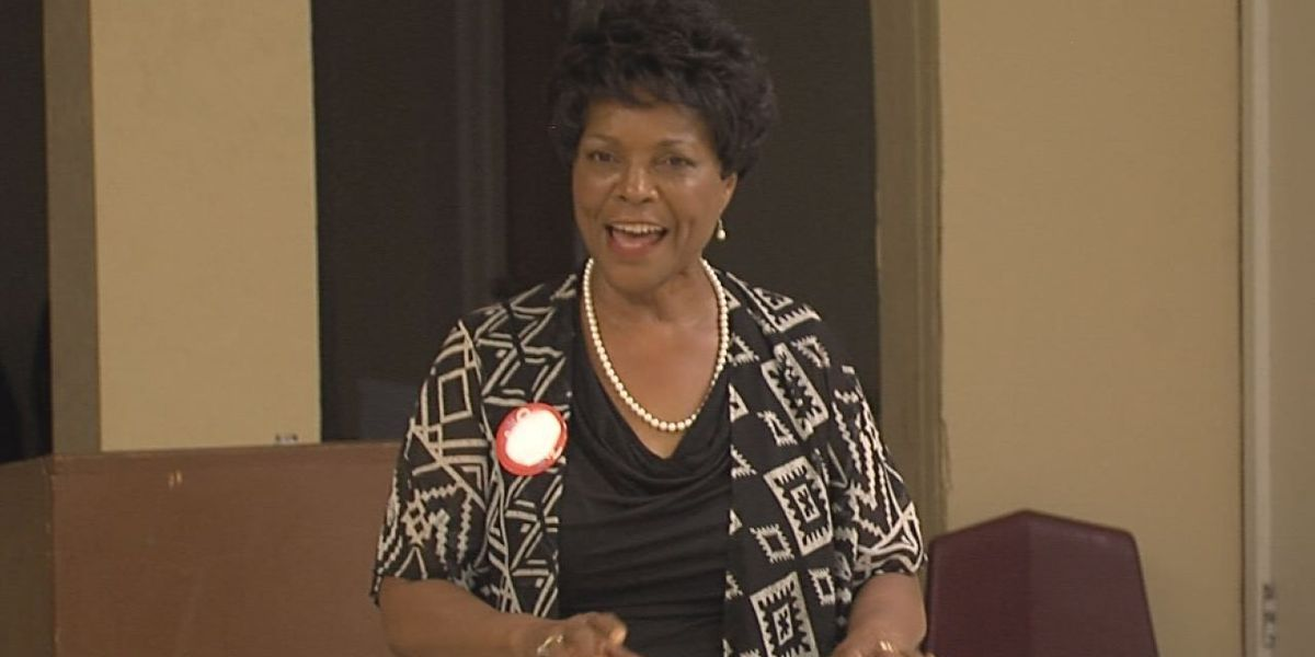 Candidate for 2018 governor race Connie Johnson comes to Lawton