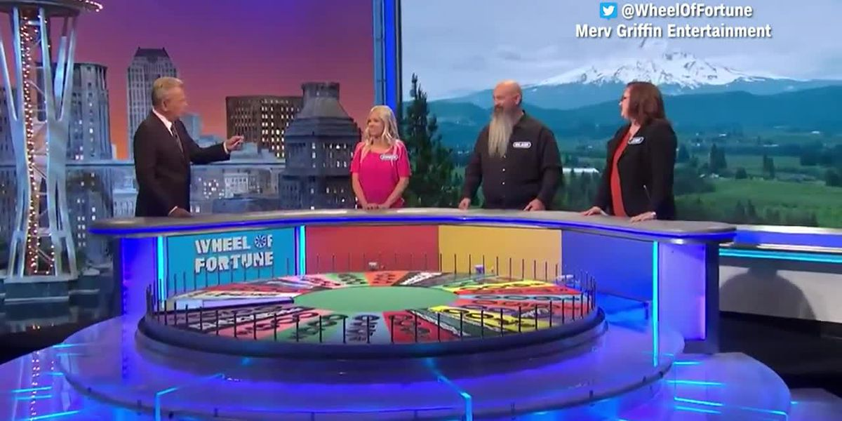 'Wheel of Fortune' contestant goes viral for trashing his family