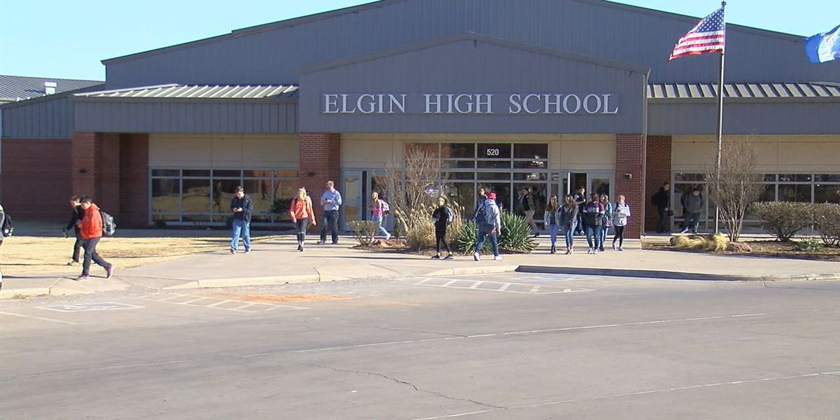 Elgin students raise money for teacher with rare eye disease