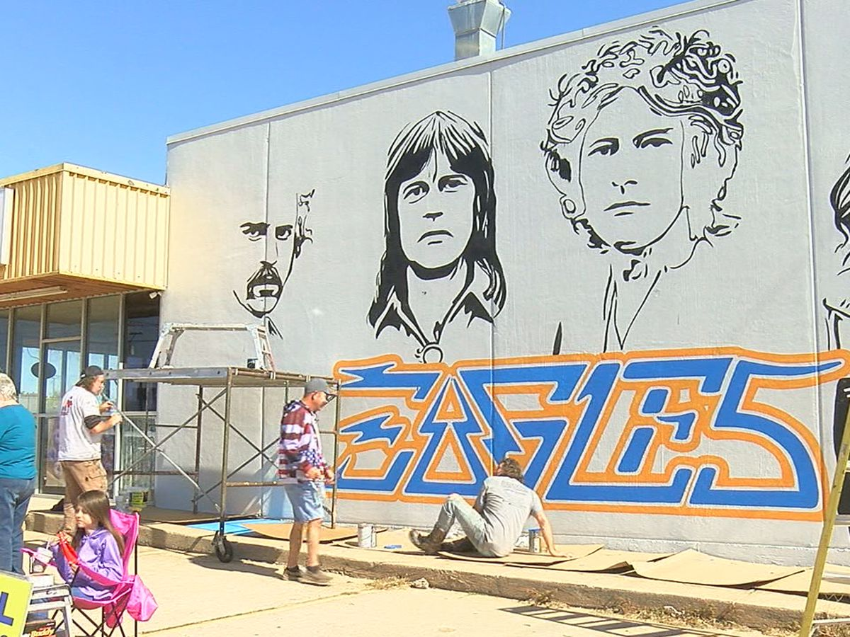 Lawton artist painting mural to raise funds for son with MS