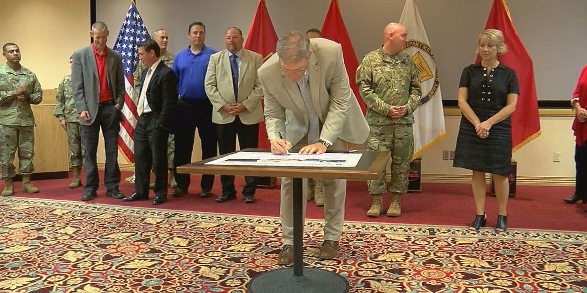 Army signs partnership with Local Area Schools