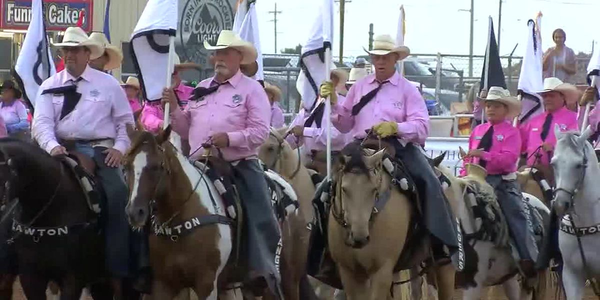 Bull riders, steer wrestlers steal the show on second night of Rangers Rodeo