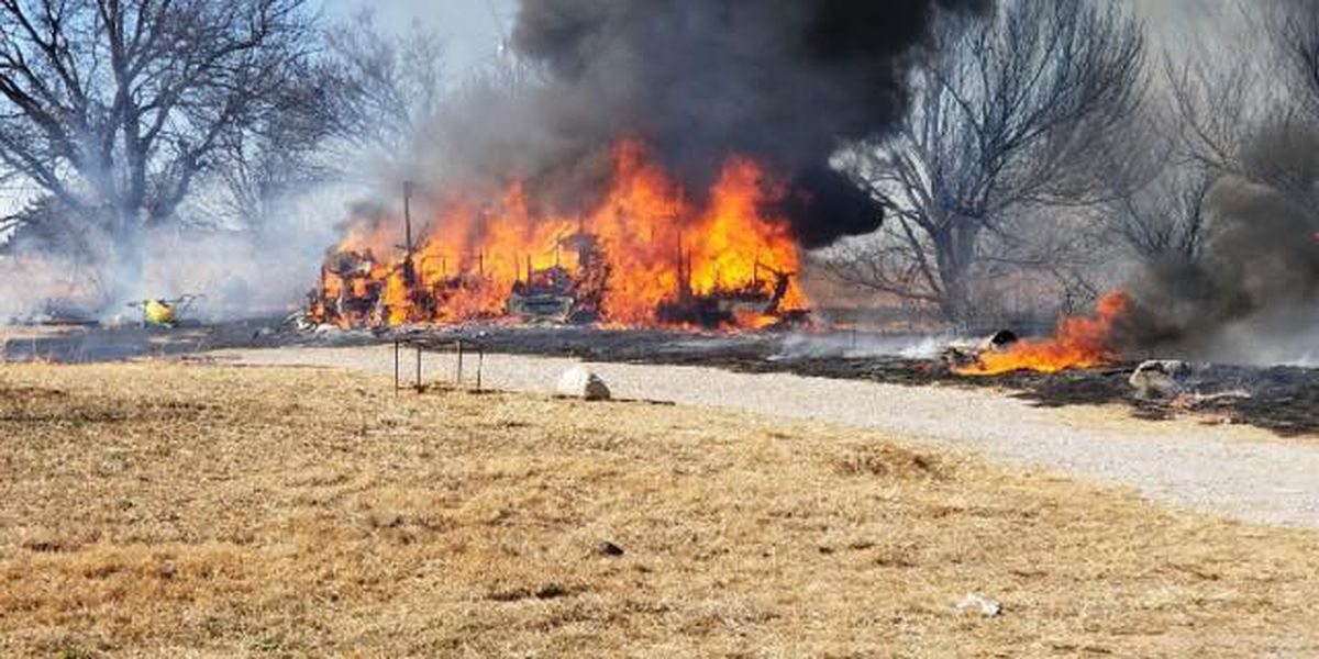 Motorhome burned down in Comanche County