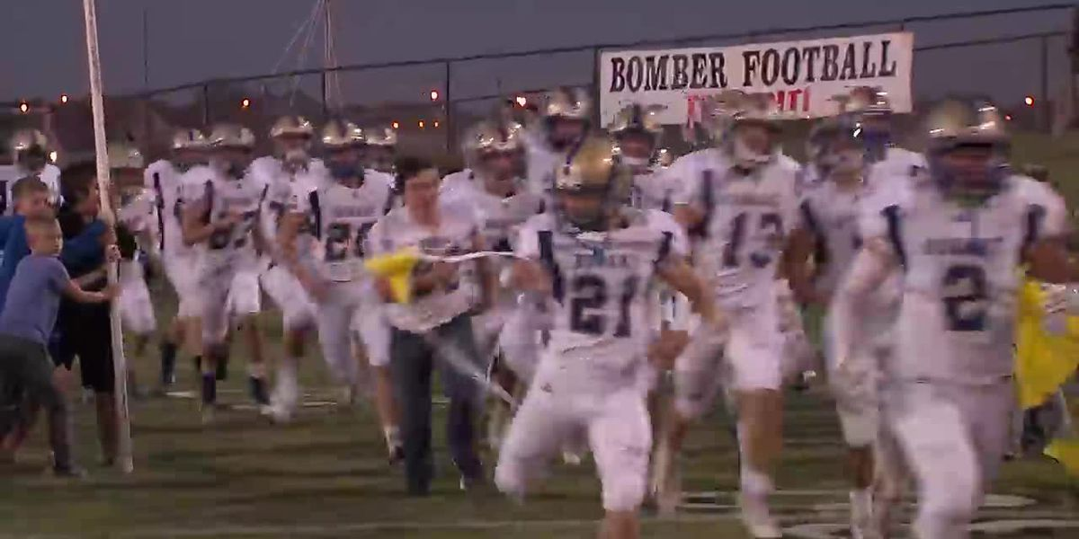 Hobart wins district title
