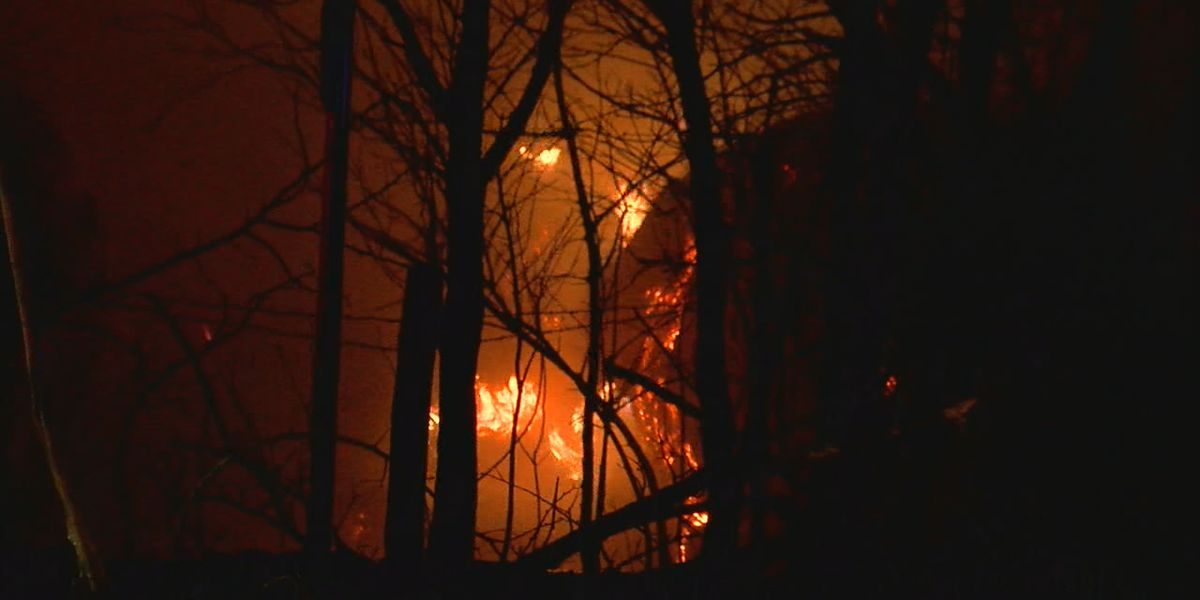 Crews respond to hay bale fire in Comanche Co.