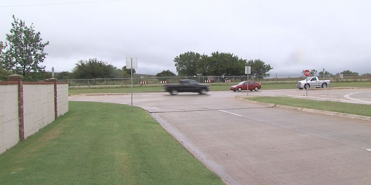 Red light to be added to 67th & Rogers Lane