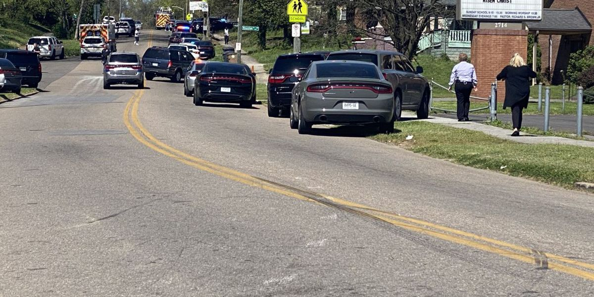 1 dead in shooting at high school in Tenn.; 1 person detained