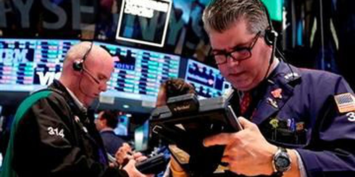 US stocks surge after China cuts rates to help economy