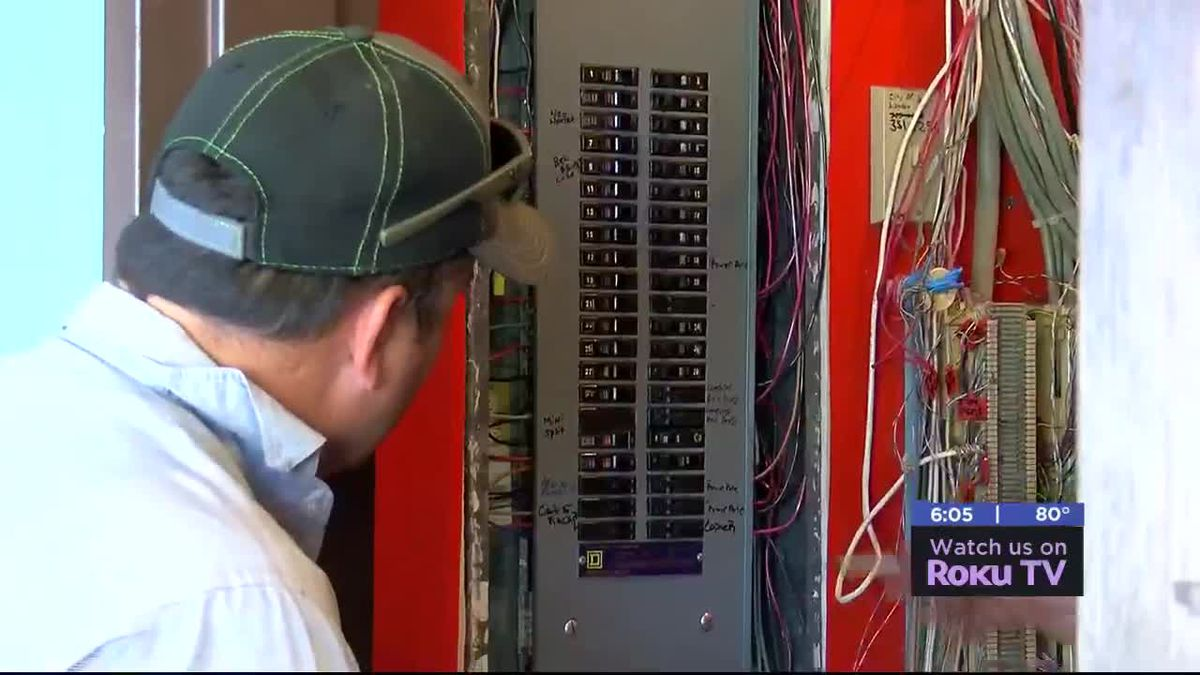 Lawton Public Library power outage resolved, will be back open Saturday morning.