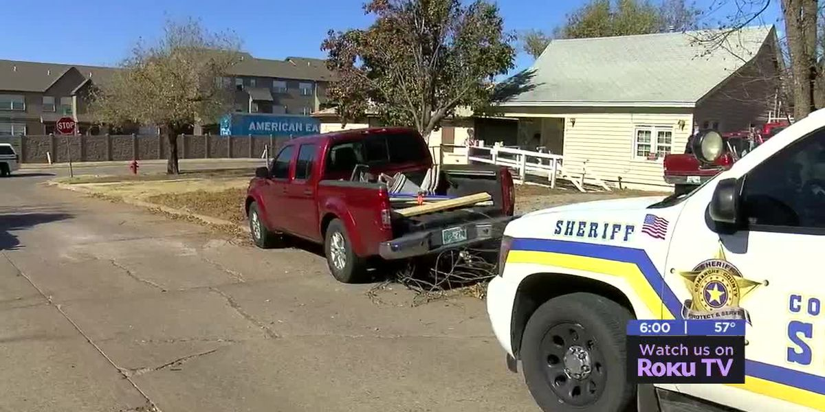 Stolen pickup leads to chase in Comanche Co.