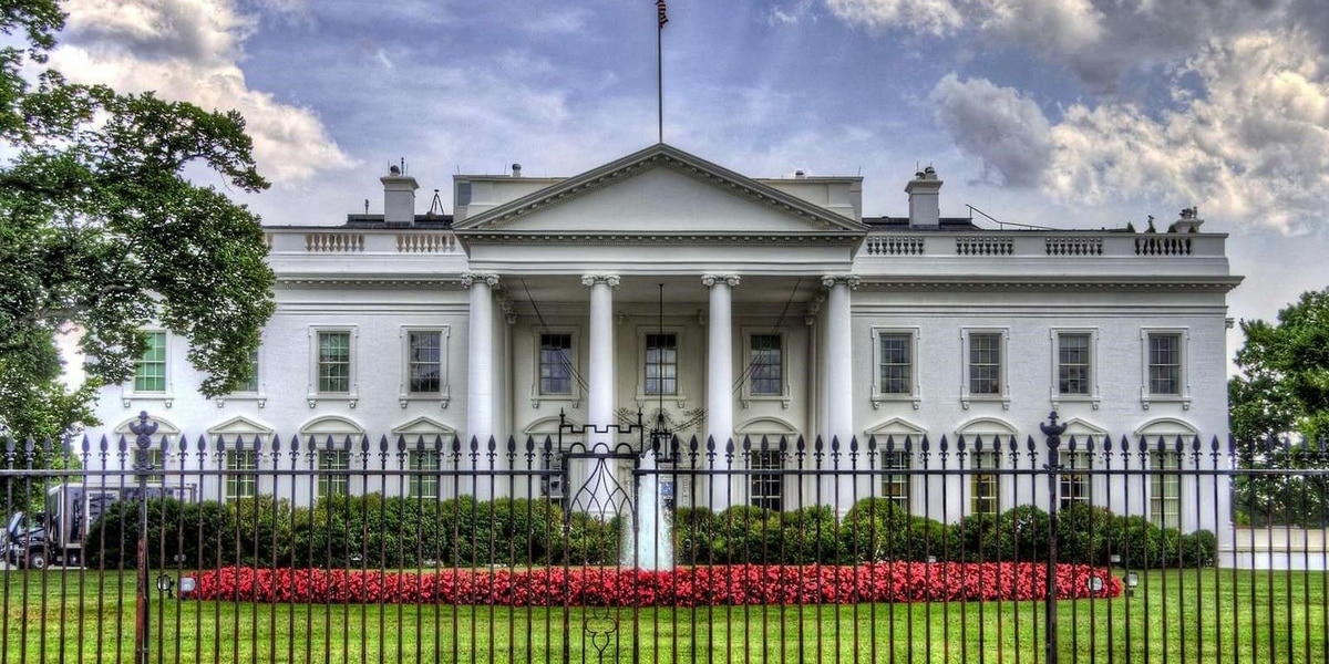 LOCAL NEWS LIVE: White House COVID task force briefing