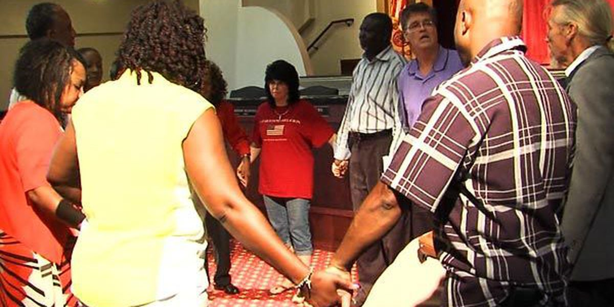 Church members gather, pray for Charleston