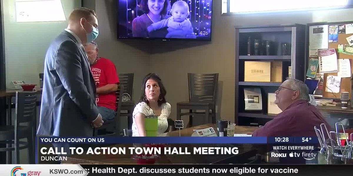 Oklahoma Rep. Jim Olsen and Tom Cole Field Rep. Scott Chance attend Duncan town hall meeting