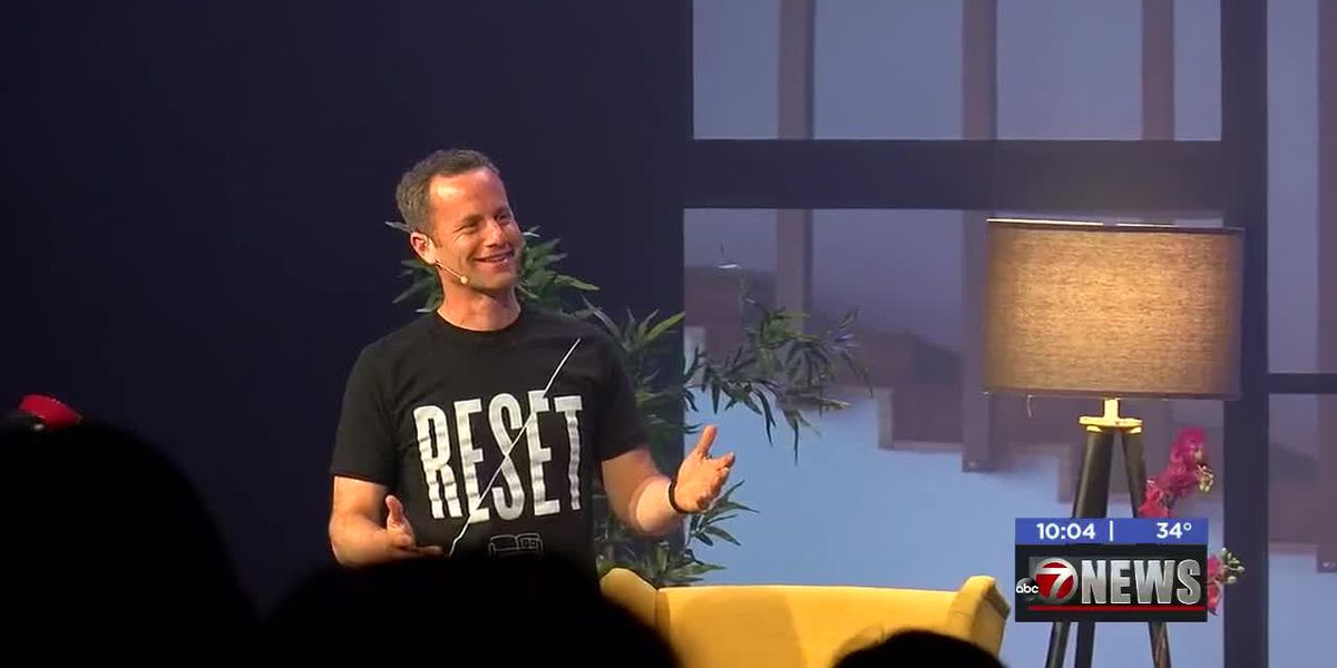 Actor Kirk Cameron brings 'Living Room Reset' tour to Lawton