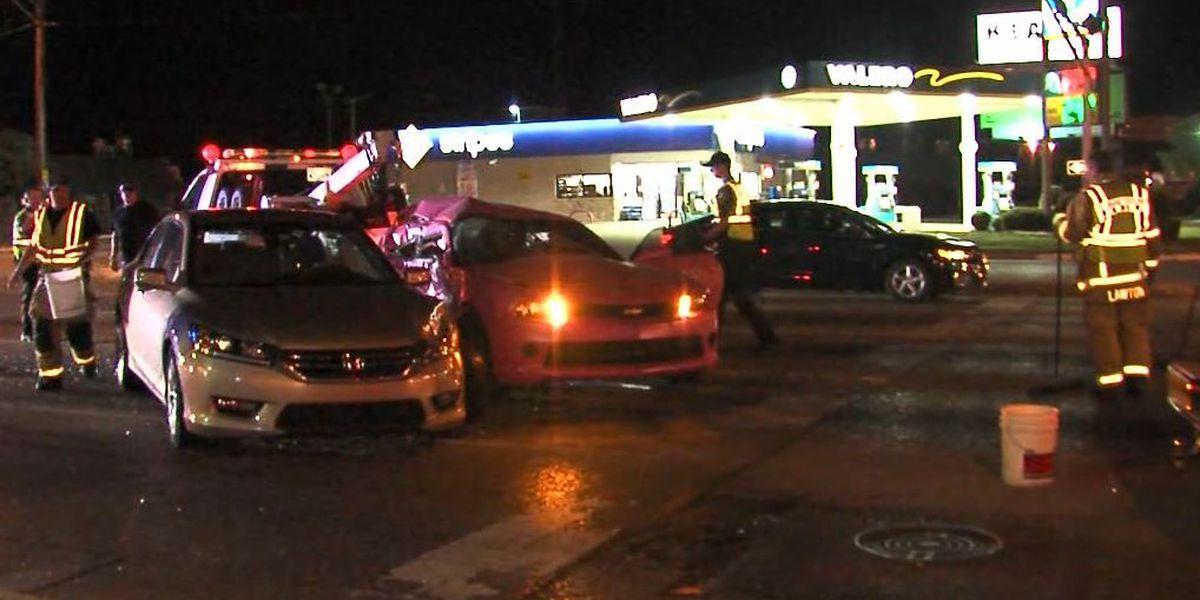 Three vehicles crash in Lawton