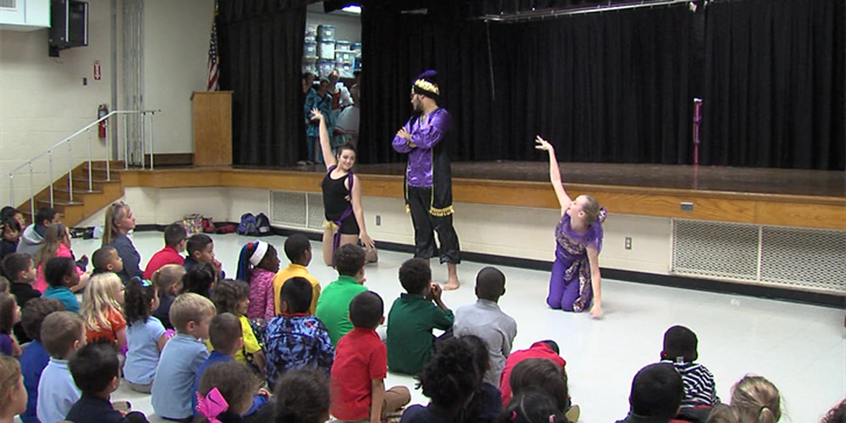 Lawton Ballet Theatre performs The Nutcracker for Pioneer Park Elementary