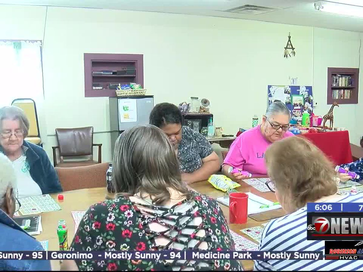 Duncan senior center continues to raise money for renovations