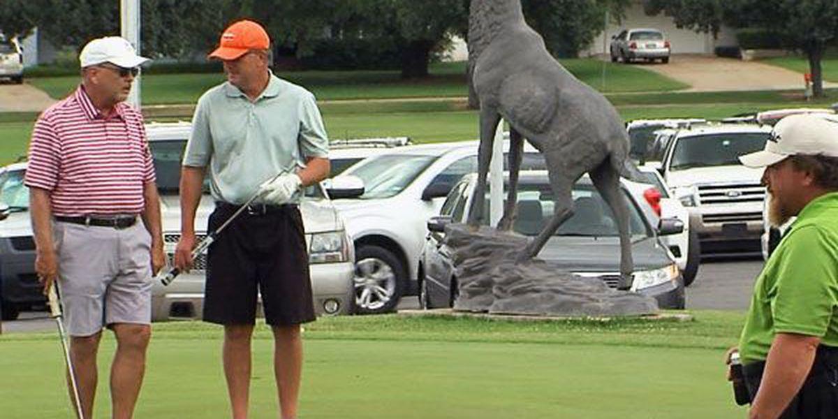 Golf tournament raises money for pancreatic cancer