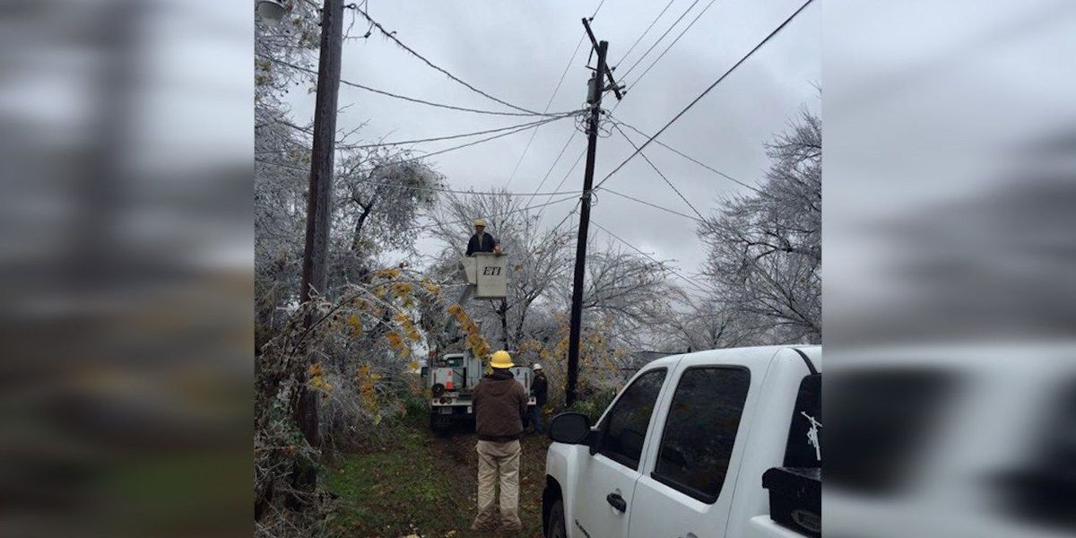 Marlow crews worked to restore power