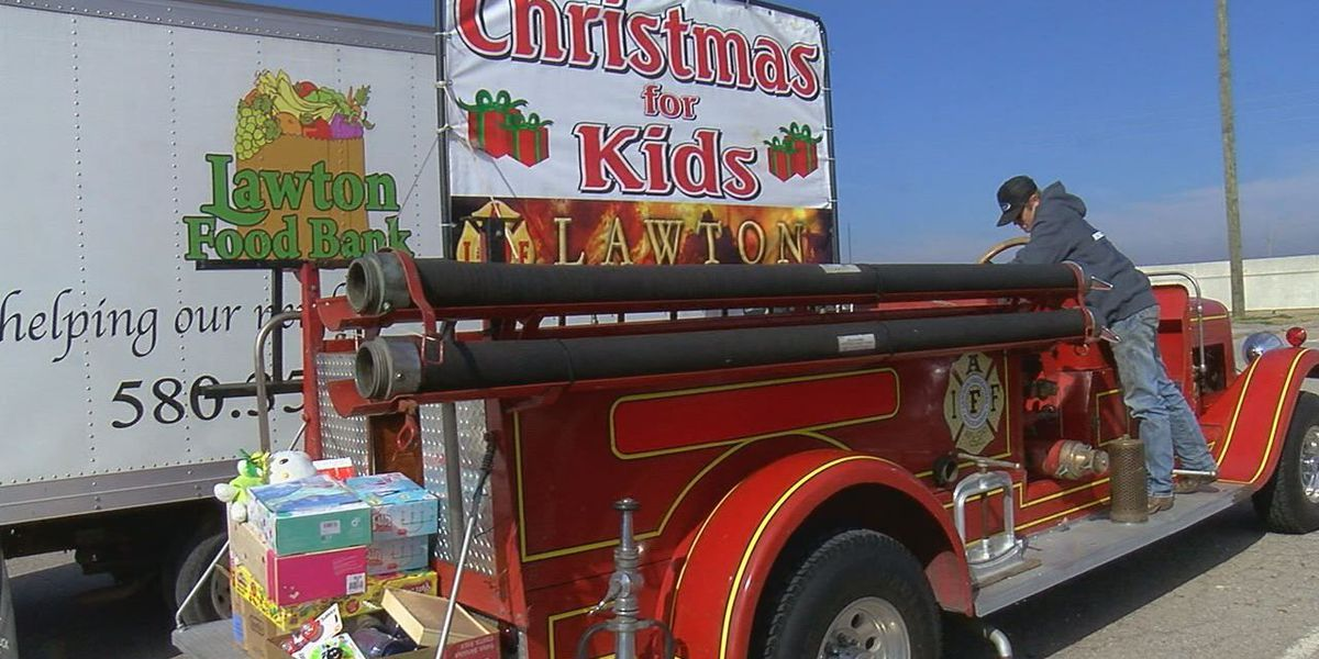 Local firefighters kickoff Christmas for Kids toy drive