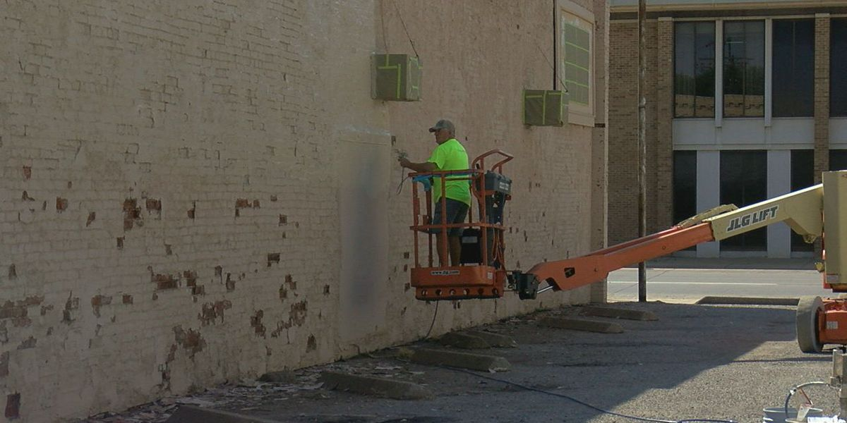 Altus Main Street wins Keep Oklahoma Beautiful project, paints buildings