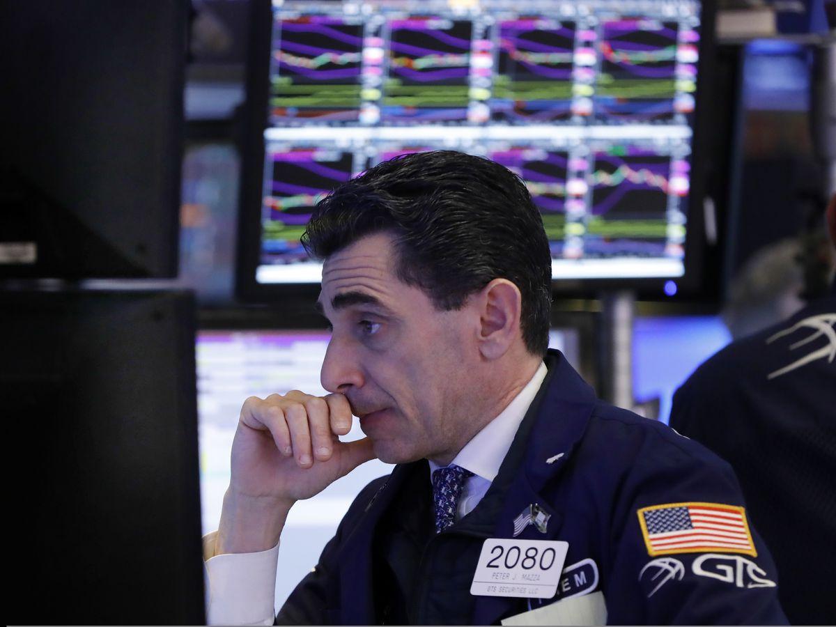 US stocks rise again; tech and high-dividend companies climb