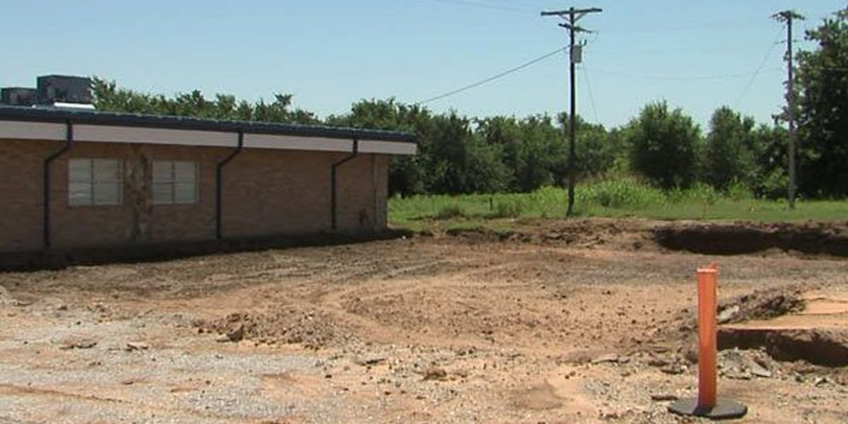 Construction behind schedule on Bray-Doyle High School