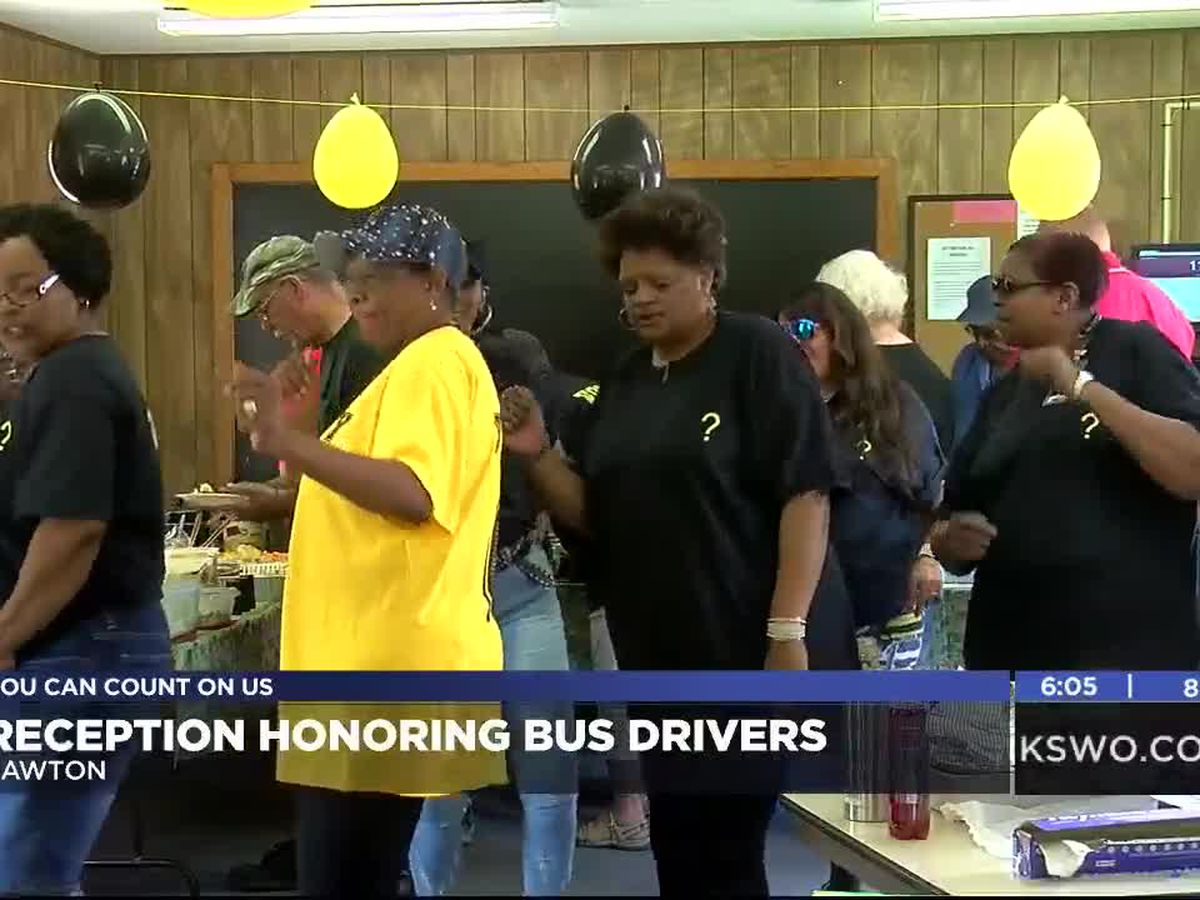 LPS holds reception to thank bus drivers for year of hard work