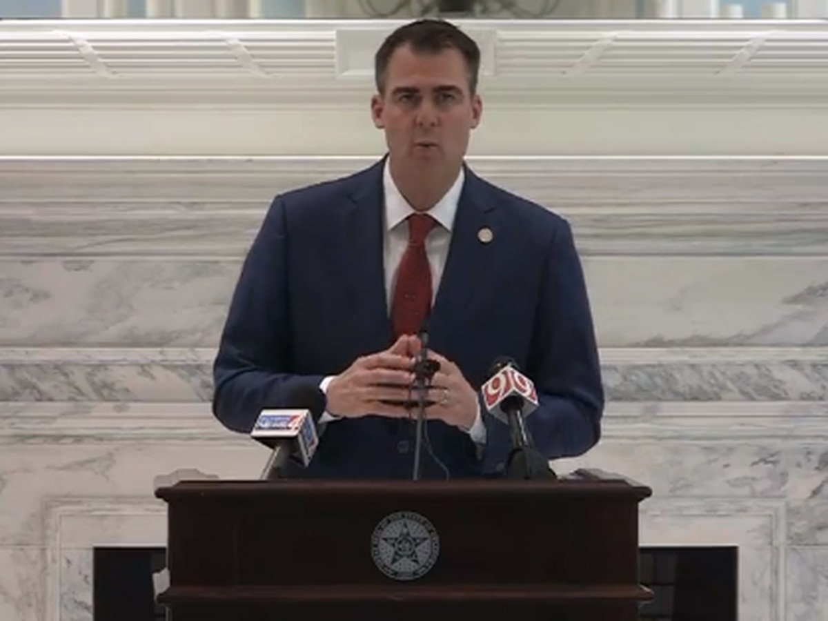 Gov. Stitt issues updates to Executive Order, orders mandatory quarantine for travelers from six states