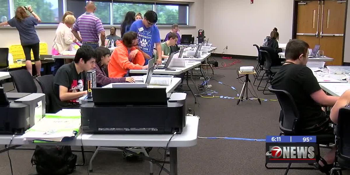 Tech Now hosts Lawton STEM camp