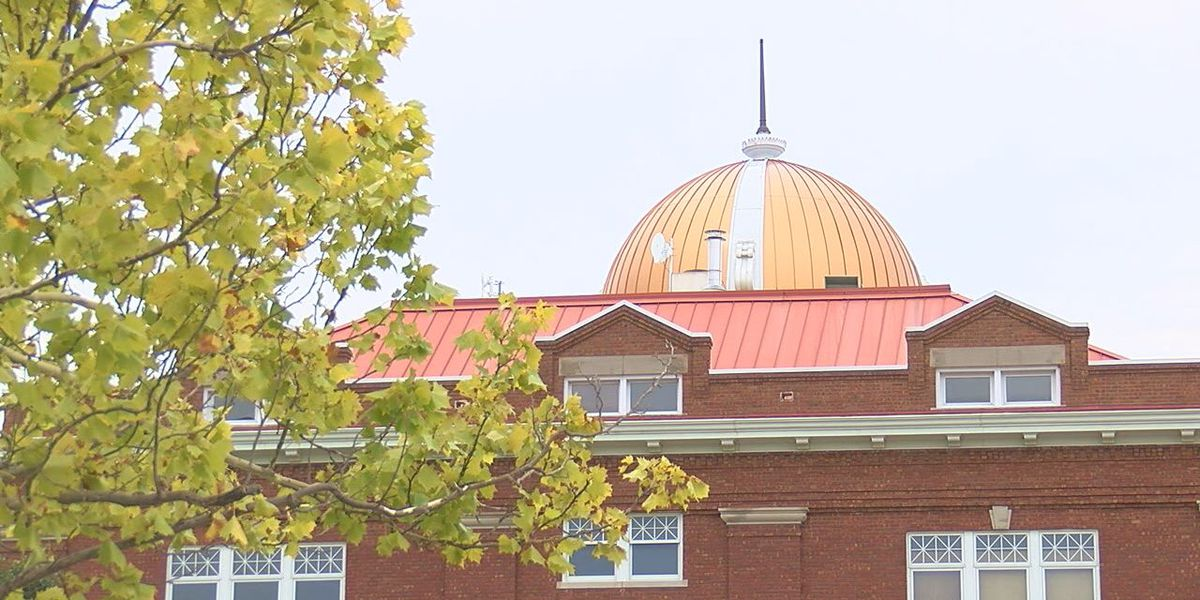 Work to replace Lawton City Hall roof expected to start next month