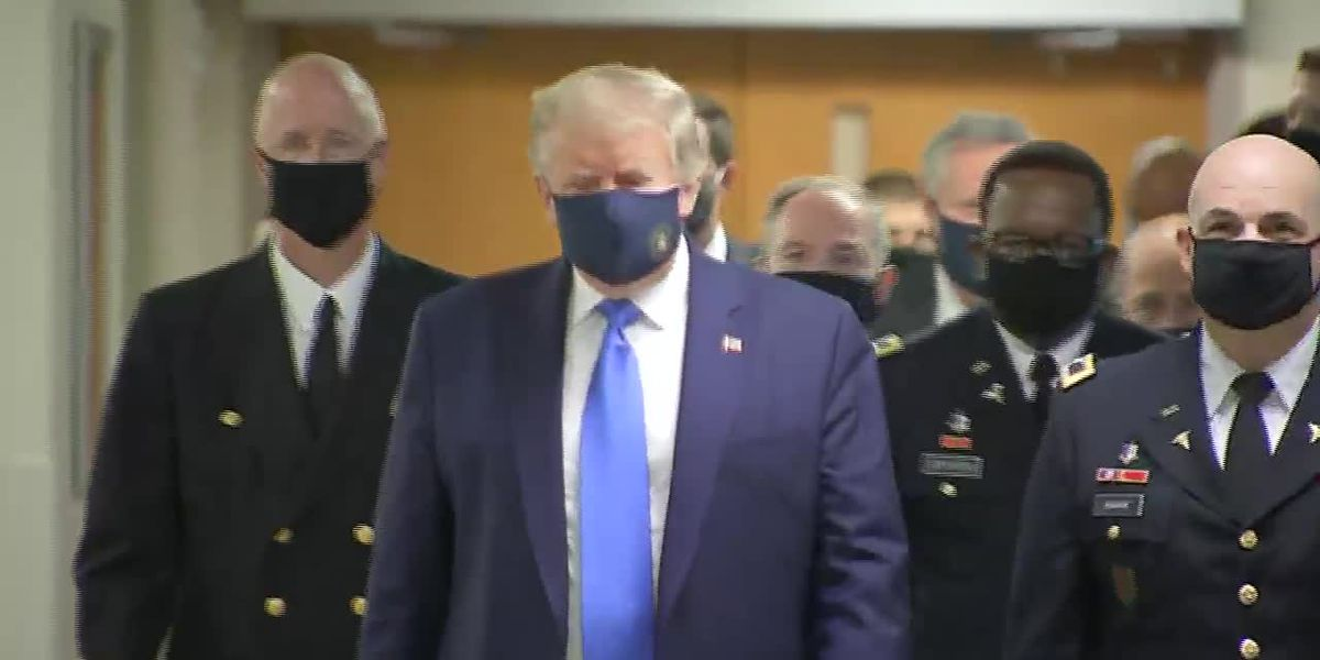 Trump wears mask while visiting service members at Walter Reed