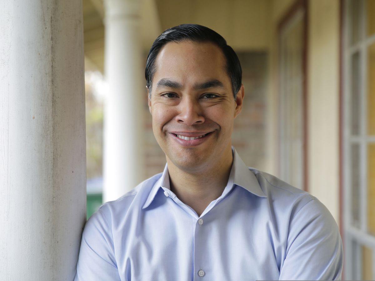 APNewsBreak: Julian Castro moves toward 2020 White House run