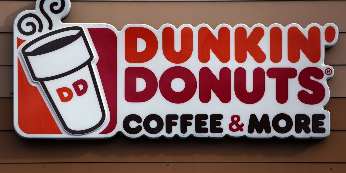 Dunkin' is closing 450 stores by end of year