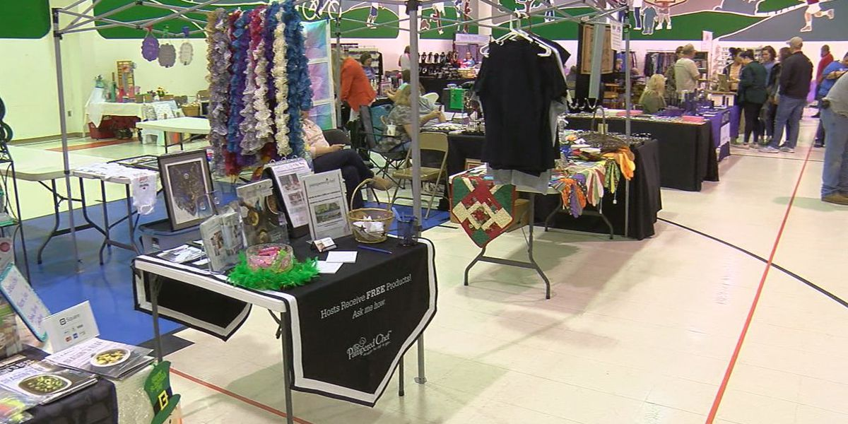 Community attends craft show for a good cause... the March of Dimes
