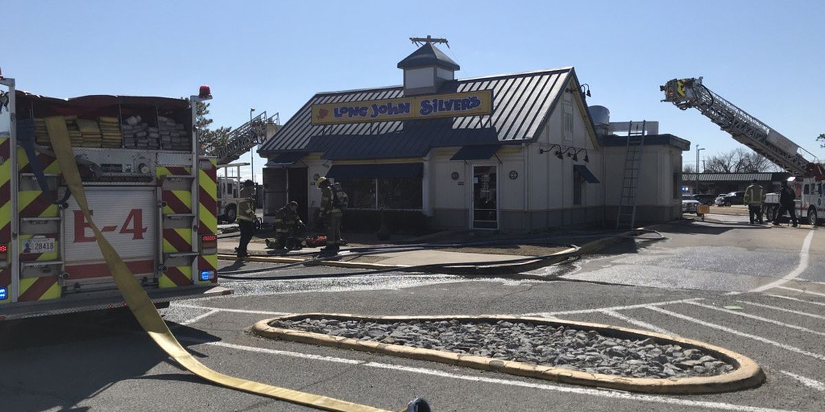Crews respond to Lawton restaurant fire