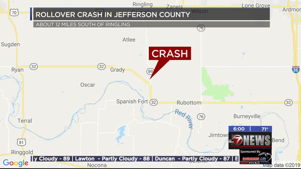 Man injured in Jefferson County rollover crash