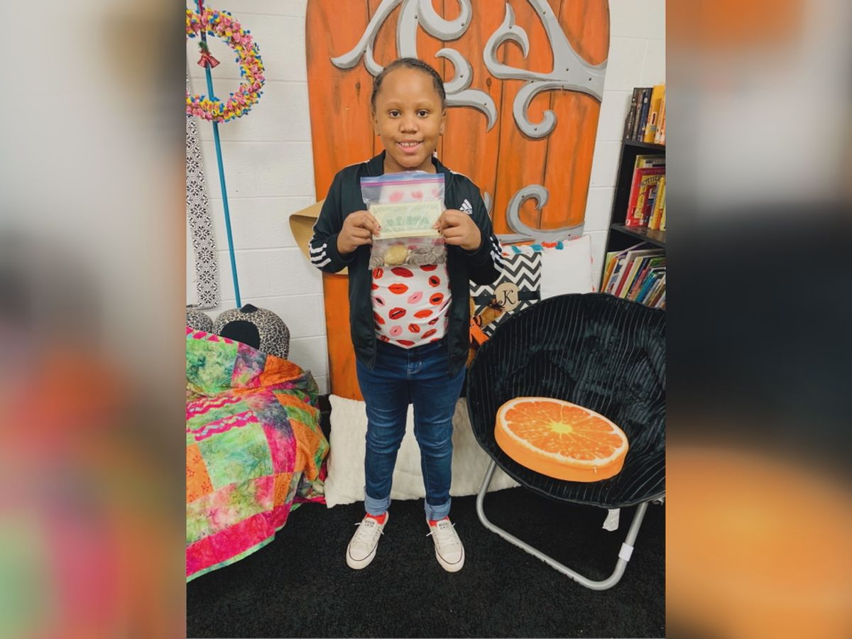 Duncan student celebrates Valentine's Day with surprise gift for teacher's husband who is battling Leukemia