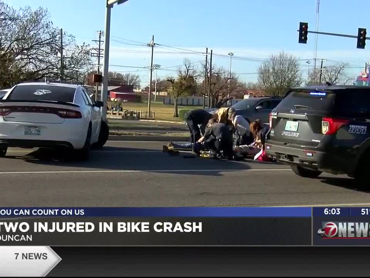 Two injured in Duncan bike crash