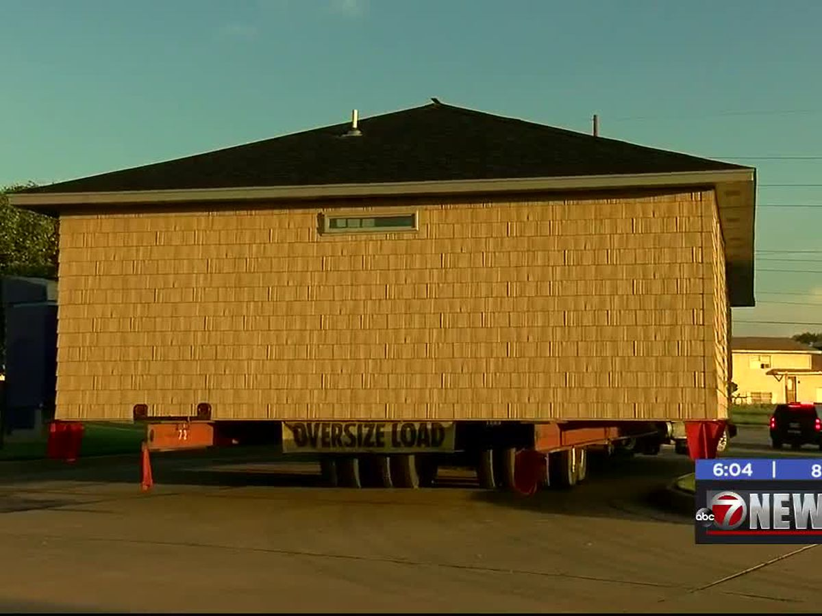 Great Plains Technology Center student-built house moved