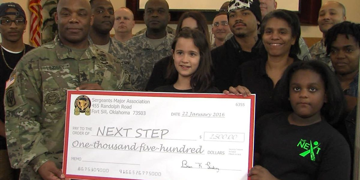 Fort Sill's Sergeant Major Association donates to homeless youth program