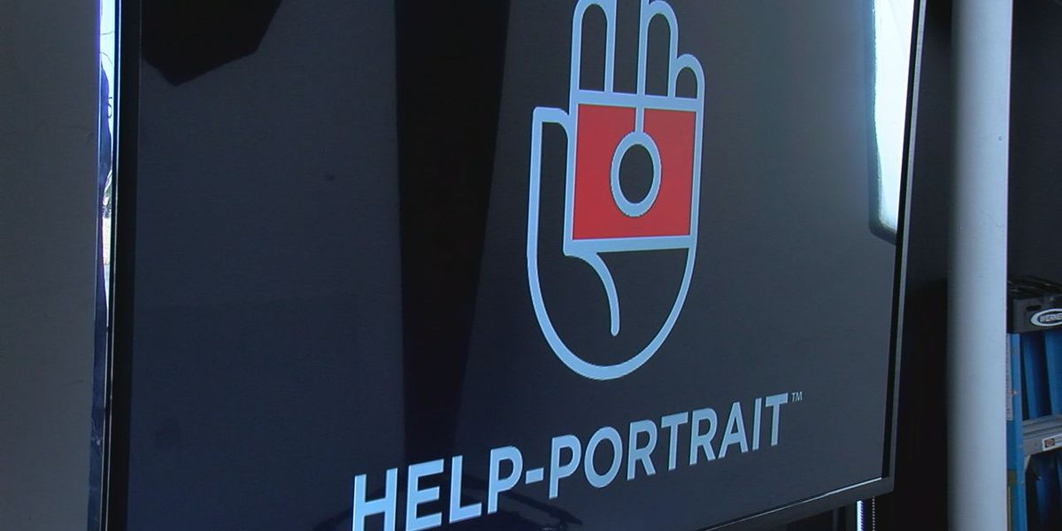 Lawton photographers helping those in need this holiday season