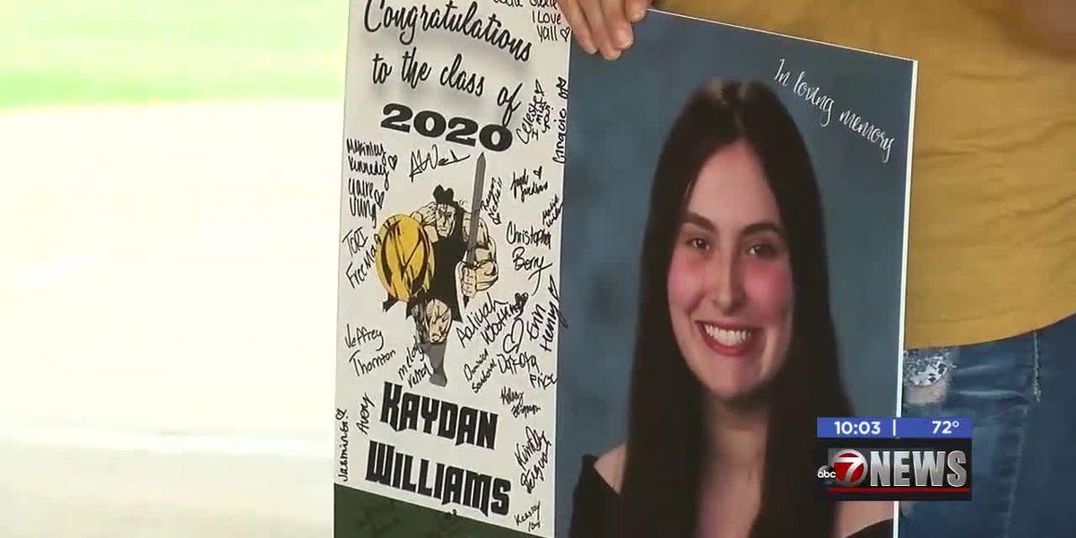MacArthur Senior awarded scholarship in honor of classmate Kaydan Williams