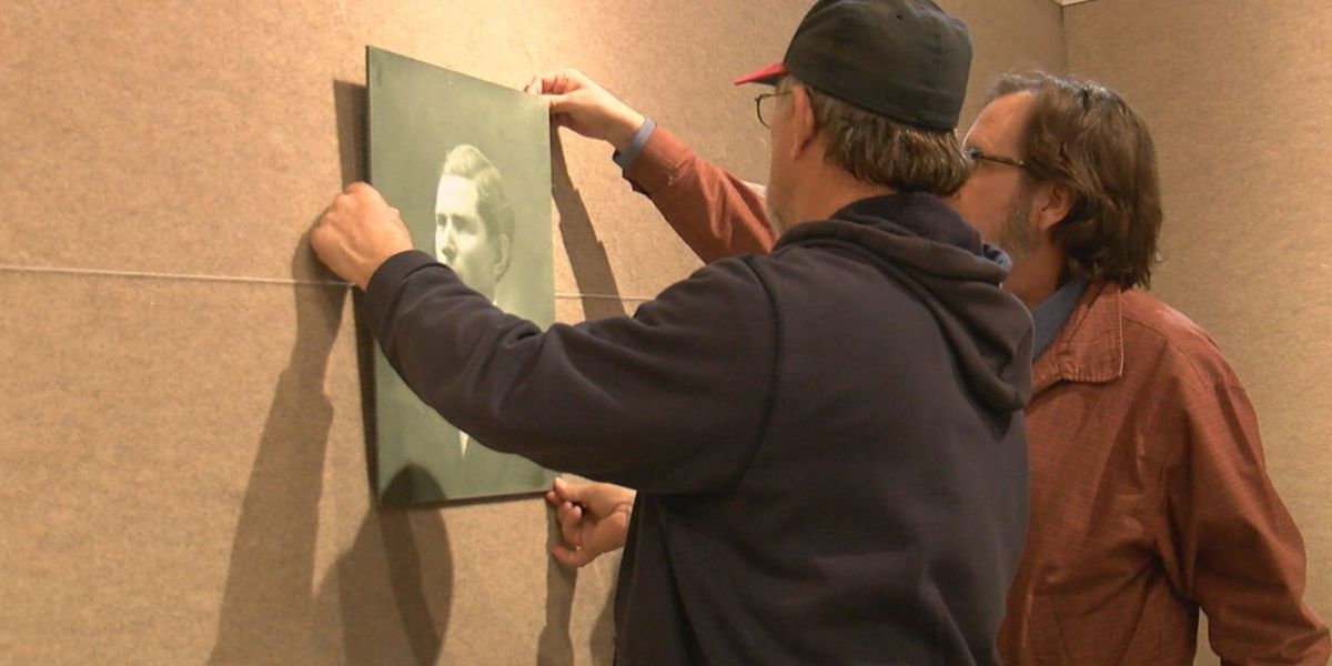 Museum of The Great Plains works on temporary exhibit