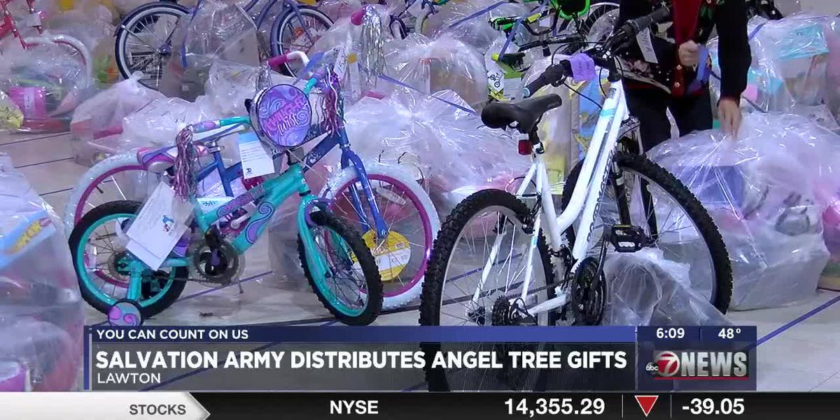 Salvation Army distributes Angel Tree gifts
