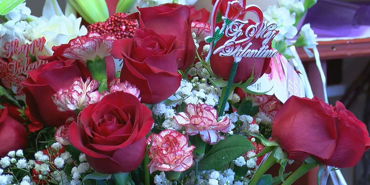 Florists prepare for busy Valentine's Day
