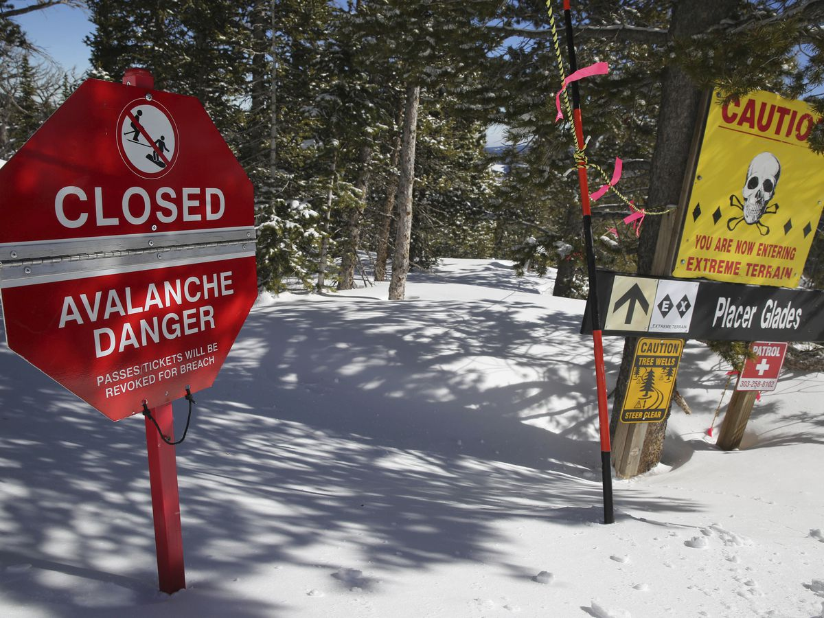 Avalanche danger high, 32 deaths confirmed this season
