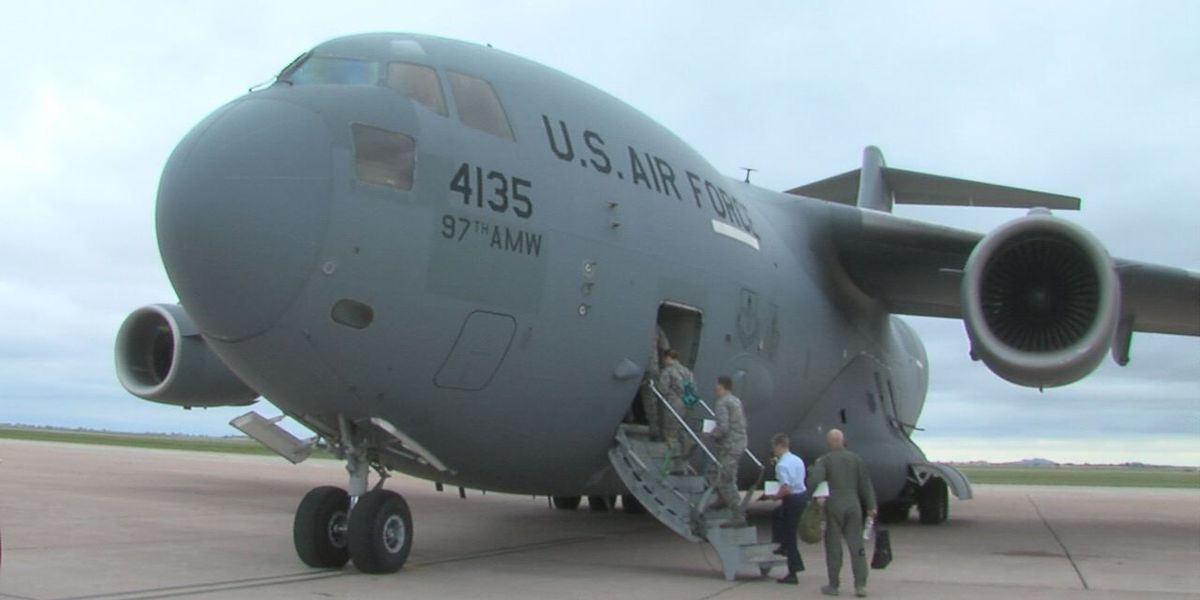 JROTC Cadets gain experience from flight orientation