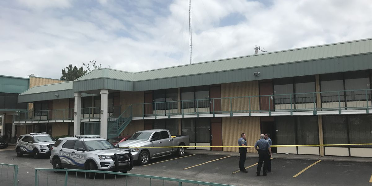 Two shot at Lawton hotel