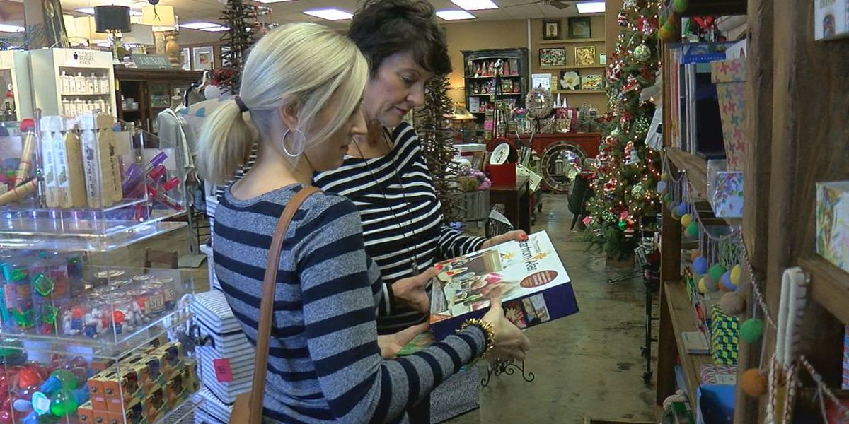 Black Friday shoppers score deals on Main Street Duncan